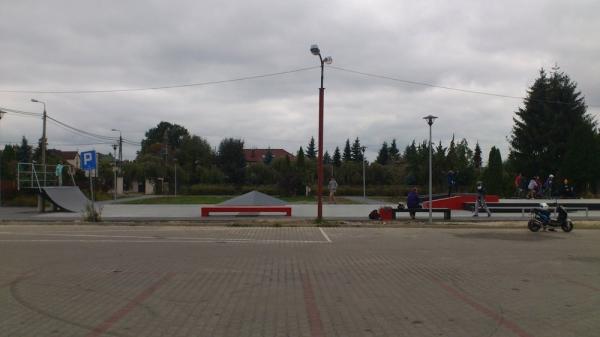 Skatepark w Nowej Iwicznej już jest