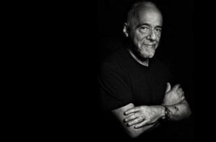 """""""Zwycięzca jest sam"""" Paulo Coelho w Konstancińskim Dyskusyjnym Klubie Książki"""