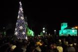 Odpalenie choinki podczas kiermaszu świątecznego w Piasecznie
