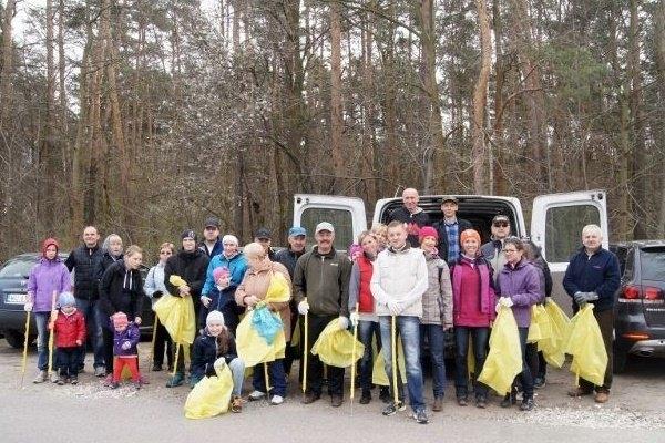 Posprzatajmy Żabie Ścieżki Chojnowskiego Parku Krajobrazowego - relacja