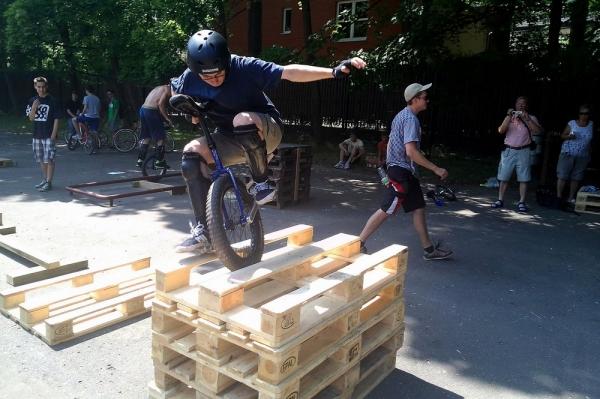 MONOMANIA – zawody monocyklistów w Ośrodku Wisła