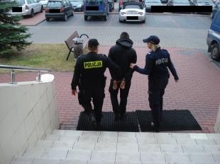 Piaseczyńscy kryminalni zlikwidowali linię produkcyjną metaamfetaminy