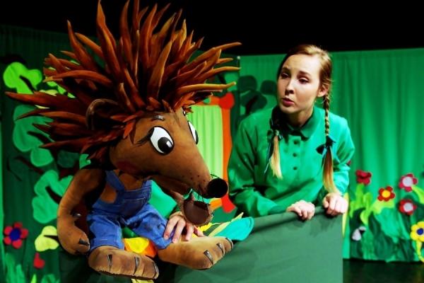 Jak przechytrzyć cwanego lisa? – spektakl teatralny dla dzieci w CH Auchan