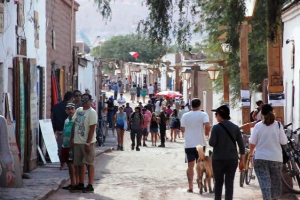 CENTRUM KULTURY W PIASECZNIE - KLUB PODRÓŻNIKA -  Między Peru, Chile a Boliwią