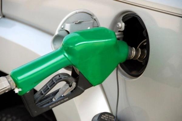 3 najbardziej efektywne sposoby na oszczędzanie paliwa, które będziesz chciał natychmiast wprowadzić w życie