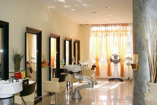 Organizujemy stanowisko fryzjerskie