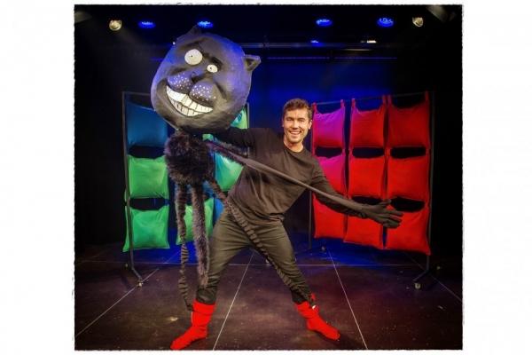 Zatańcz z kotem w butach! – bezpłatny spektakl teatralny w CH Auchan