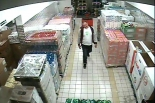 Podejrzewani o okradanie magazynów sklepowych