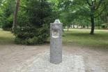 Uliczne poidełka w parku w Konstancinie