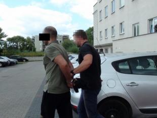 Poszukiwany czerwoną notą zatrzymany pod Piasecznem