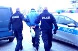 32- latek po kradzieży groził ekspedientce - trafił do policyjnej celi