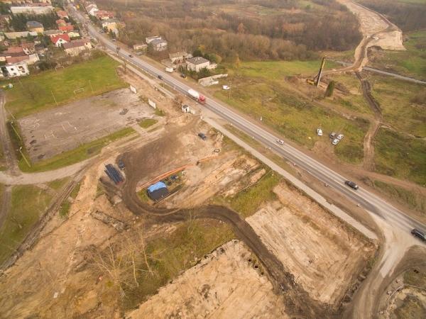 Góra Kalwaria - zamknięta droga przy stadionie