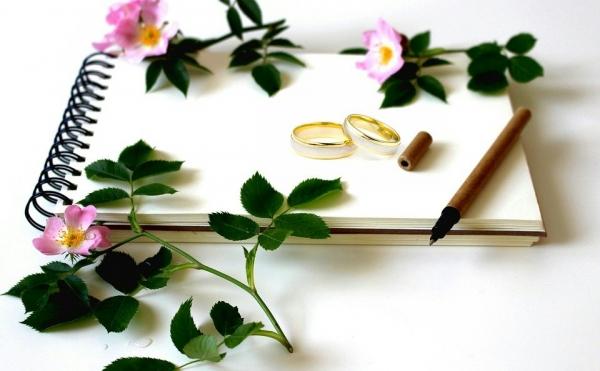Jak sprawić, żeby ślub i wesele przebiegły bez komplikacji? Oto wskazówki dla par!