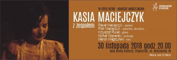 Kasia Maciejczyk z zespołem