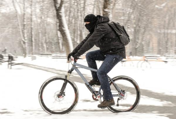 Jazda zimą – poradnik dla rowerzystów!