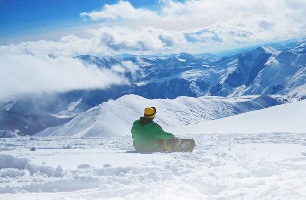Co powinno zawierać dobre ubezpieczenie narciarskie?