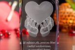Kryształ 3D z SERCEM na dłoniach - piękny prezent dla ukochanej