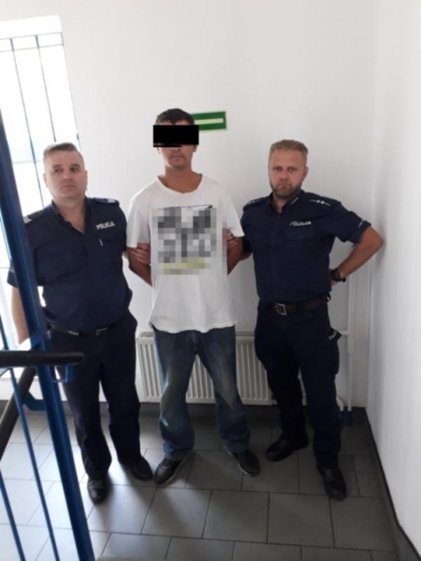 Zatrzymano sprawcę kradzieży renault