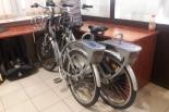 Złodziej jechał na dwóch rowerach