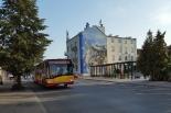 Autobus linii 727 wraca na ul. Rybną