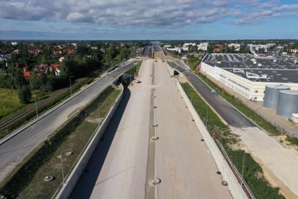 Od 24 października drugi etap zmian w organizacji ruchu na węźle Puławska