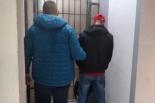 Areszt za rozbój na przystanku komunikacji miejskiej