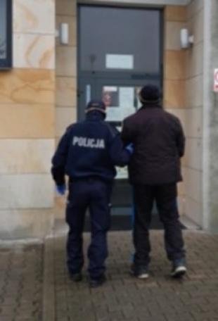 Czterech mężczyzn trafiło do policyjnej celi