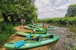 Familijny spływ kajakowy rzeką Jeziorką